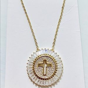 Sterling silver 925 deep in gold Cruz necklace